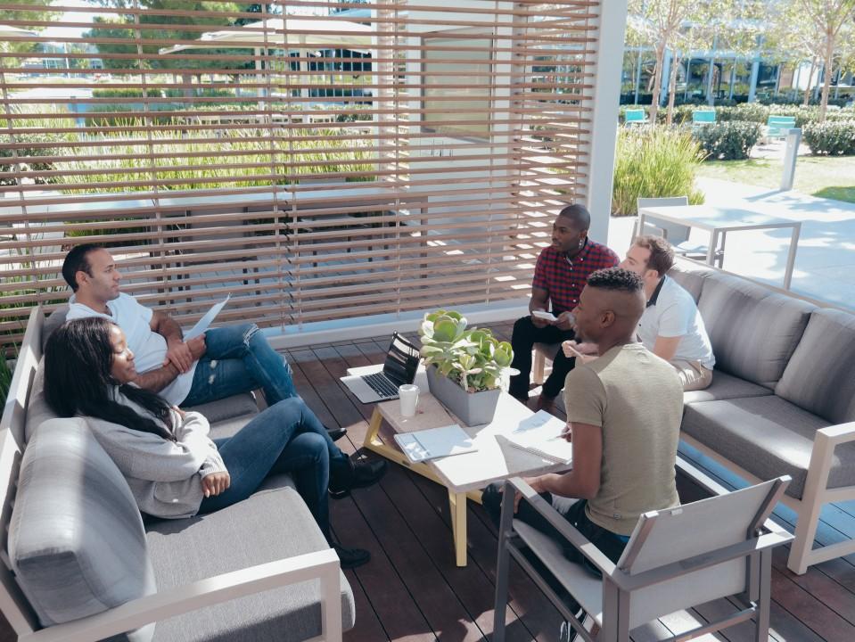 Grooa: Working Outdoors image